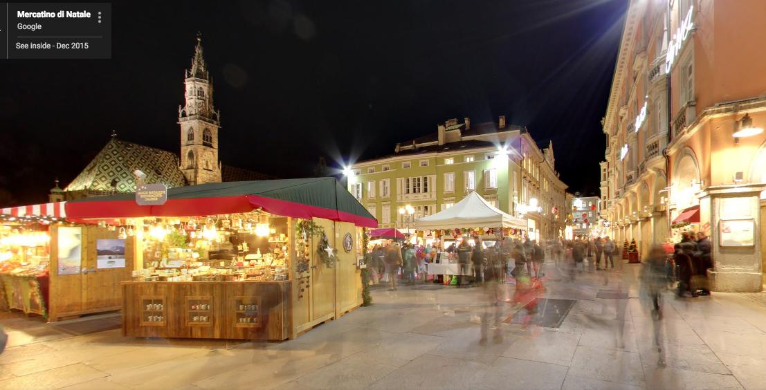 Mercatino di Natale di Bolzano. Foto da Google Street View