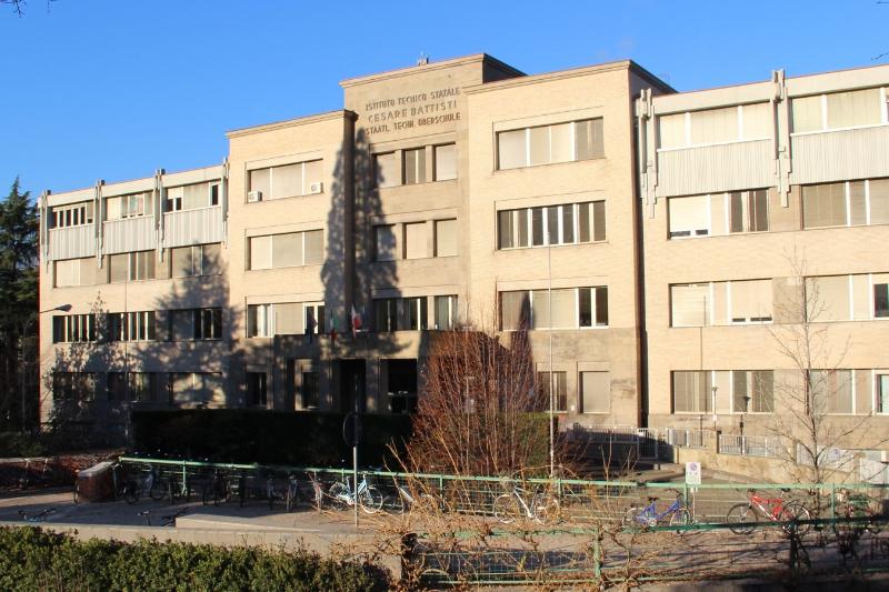 La scuola ITE Battisti a bolzano
