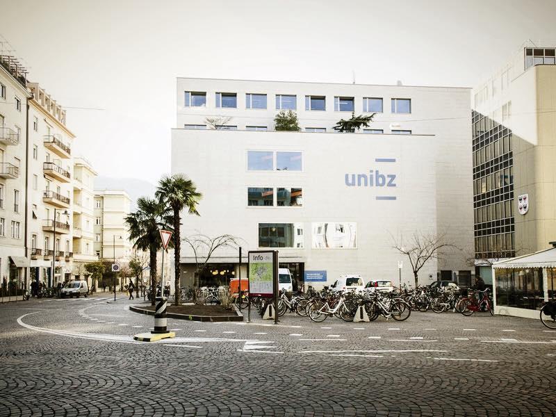 Libera Università di Bolzano - Unibz. Un luogo dell'innovazione in città