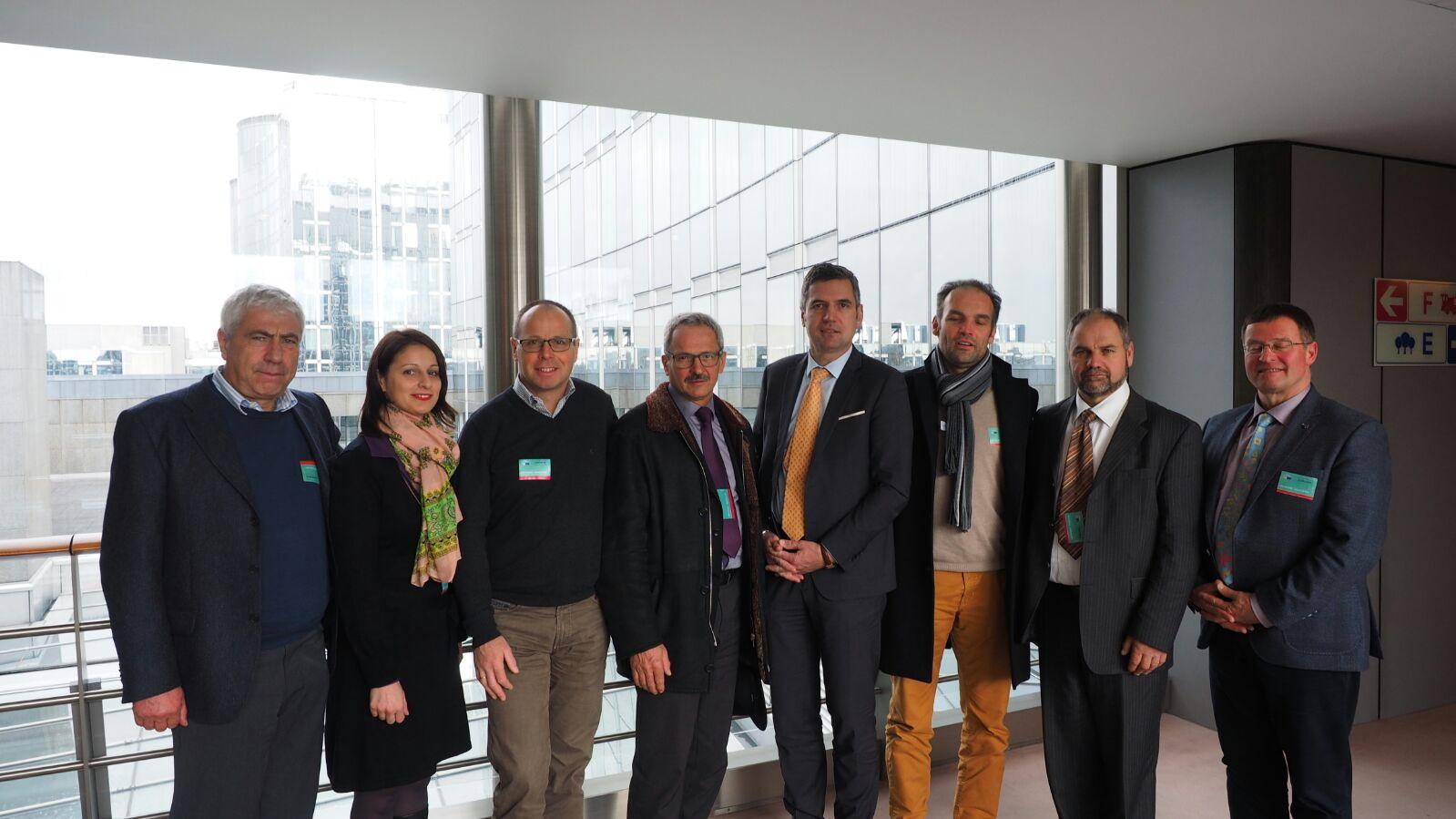 La delegazione dei camionisti lvh.apa a Bruxelles