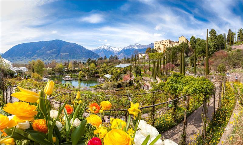 Eventi visite nuovi spazi riaprono i giardini di castel - Giardini di montagna foto ...