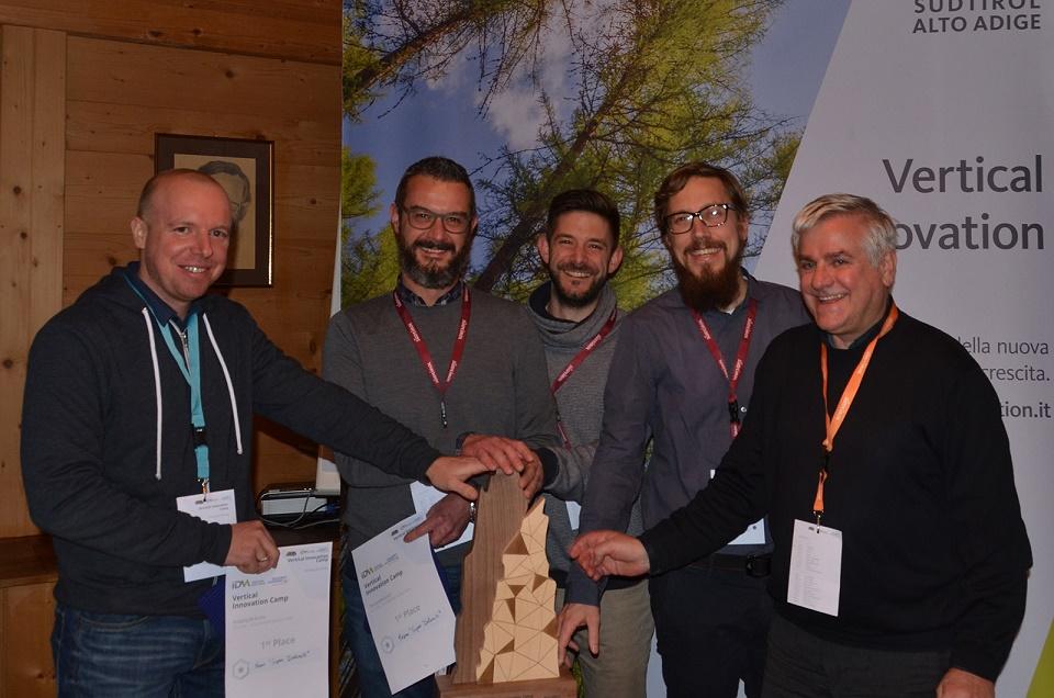 team_vincitore_vertical_innovation_camp_2016