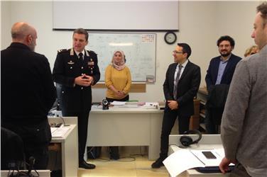 Ufficio Bilinguismo Bolzano : Bolzano agenti al corso di arabo