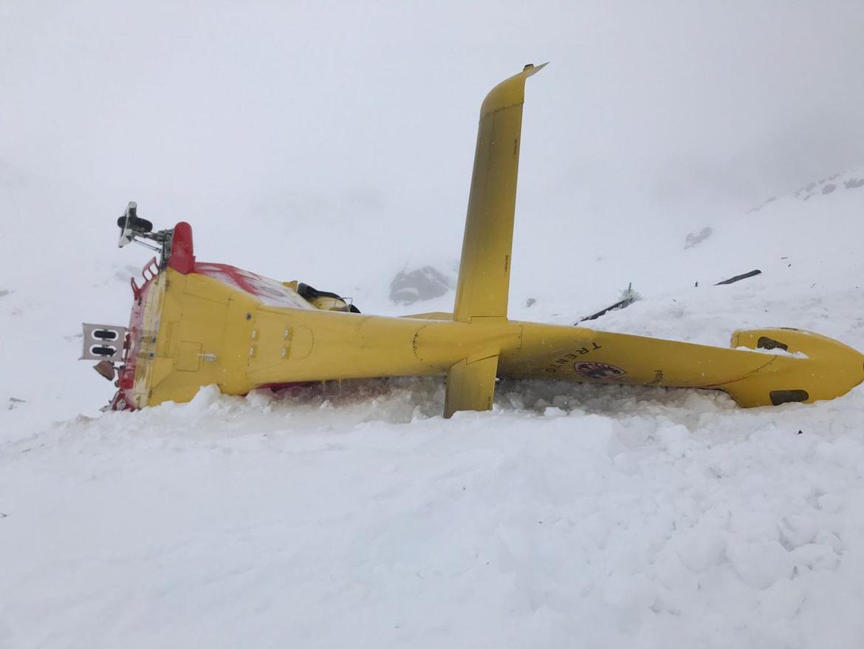 Elicottero Caduto : Elicottero della protezione civile precipitato in trentino
