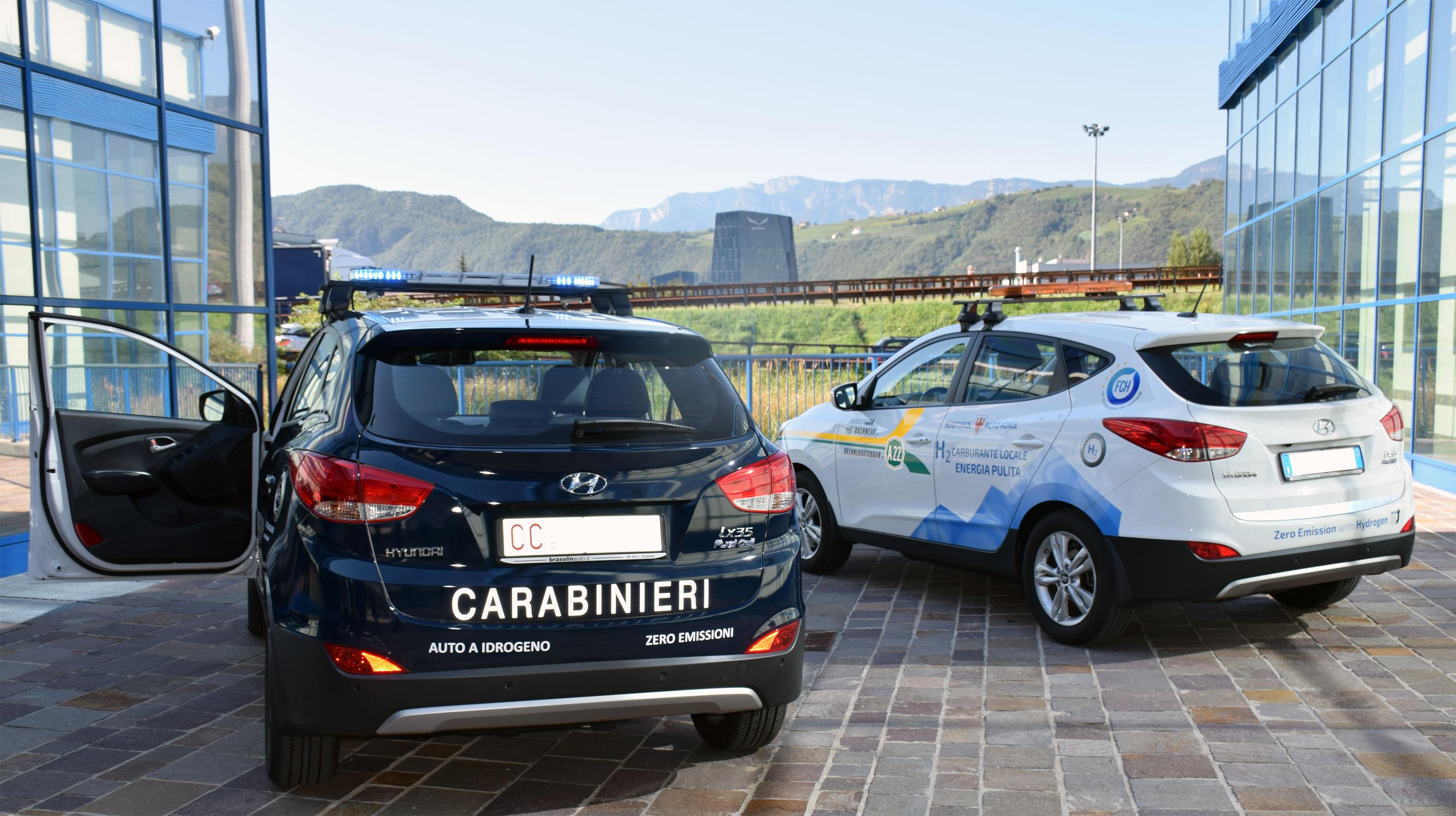 auto_idrogeno_carabinieri_A22