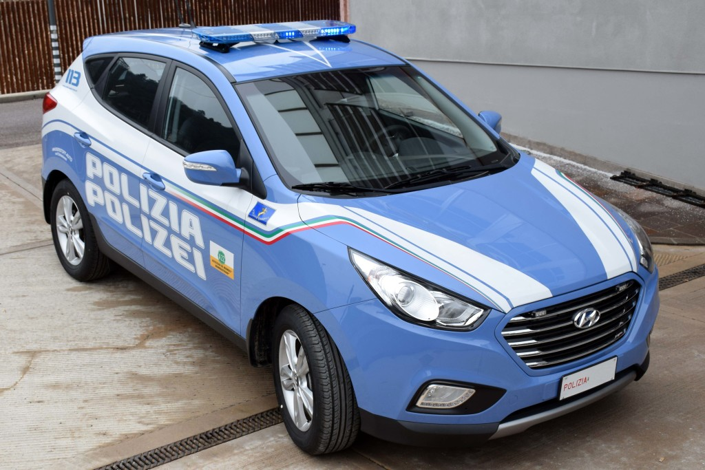 auto_idrogeno_Polizia