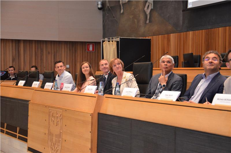 Le raccomandazioni del gruppo di lavoro sono state presentate questa mattina nella sala plenaria del Consiglio provinciale