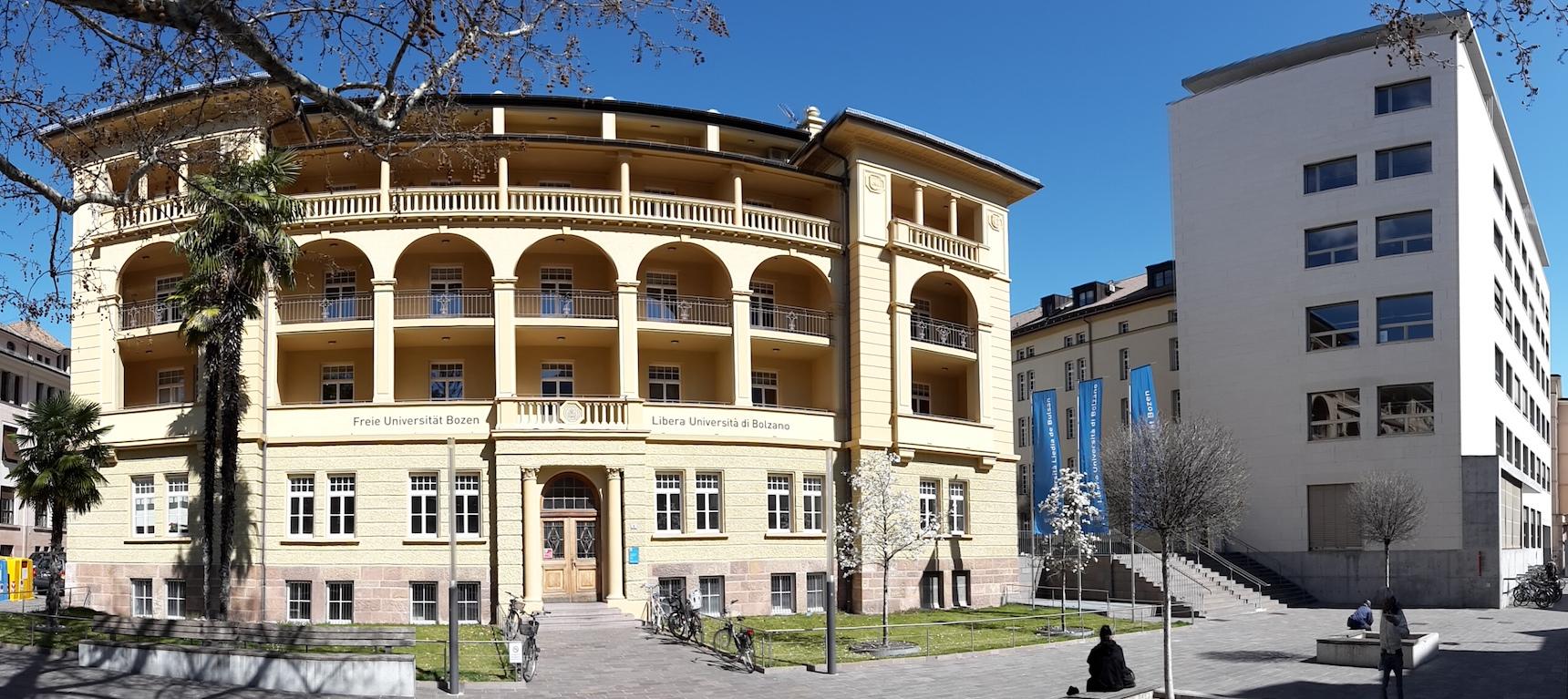 Rektorat_Design