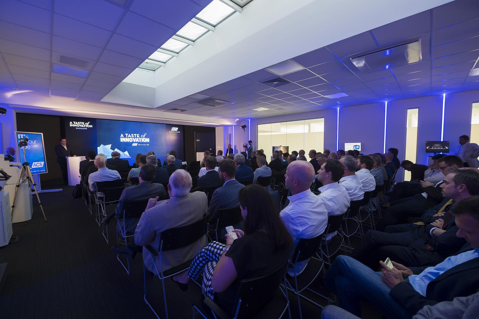 Evento_VIP_01-Gabriele Sommavilla, CEO ACS Data Systems, da il benvenuto ai partecipanti