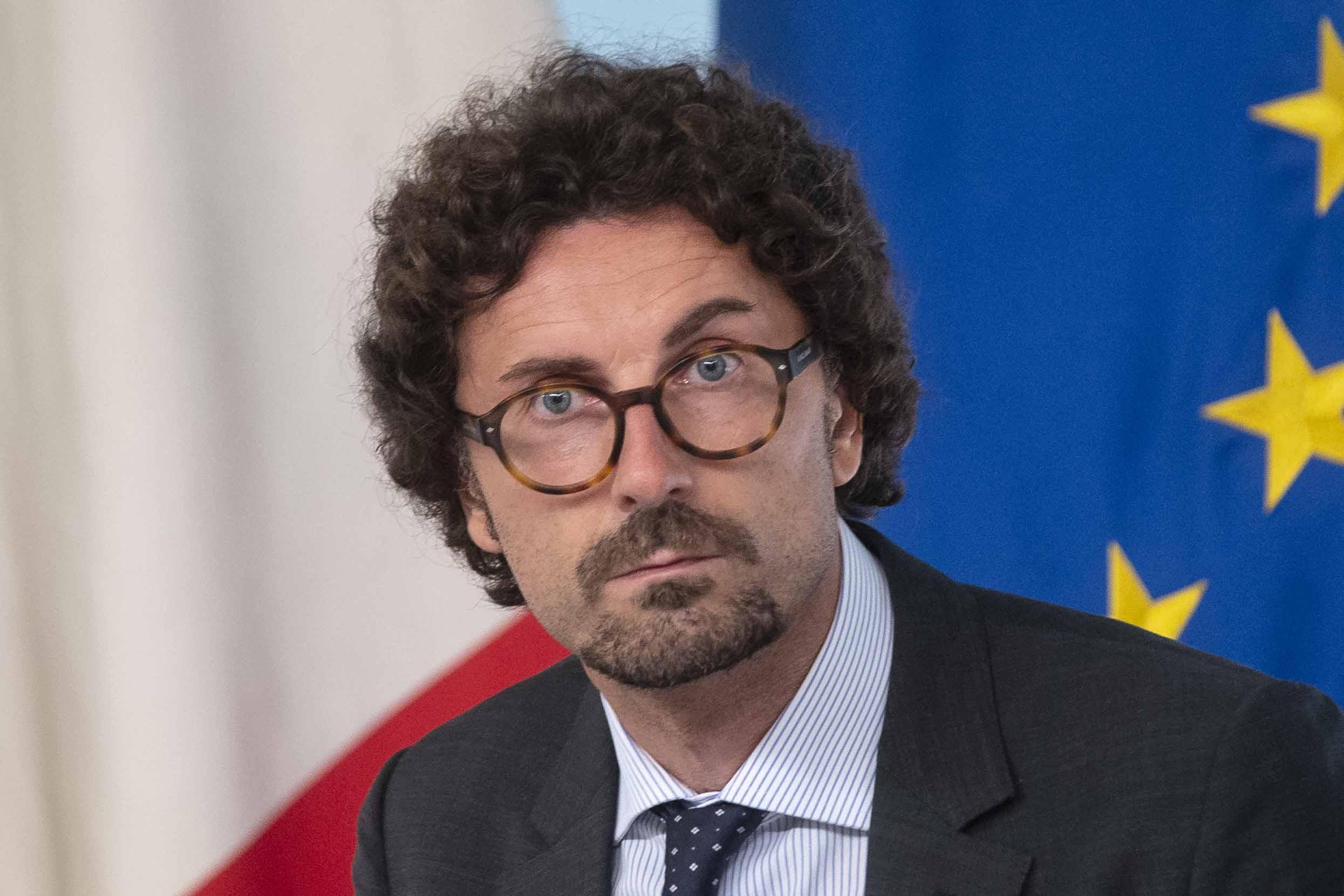 DANILO TONINELLI POLITICO