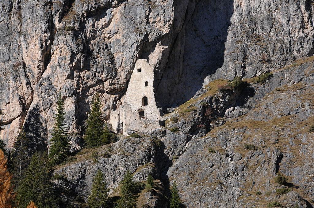 rovinecastelwolkenstein