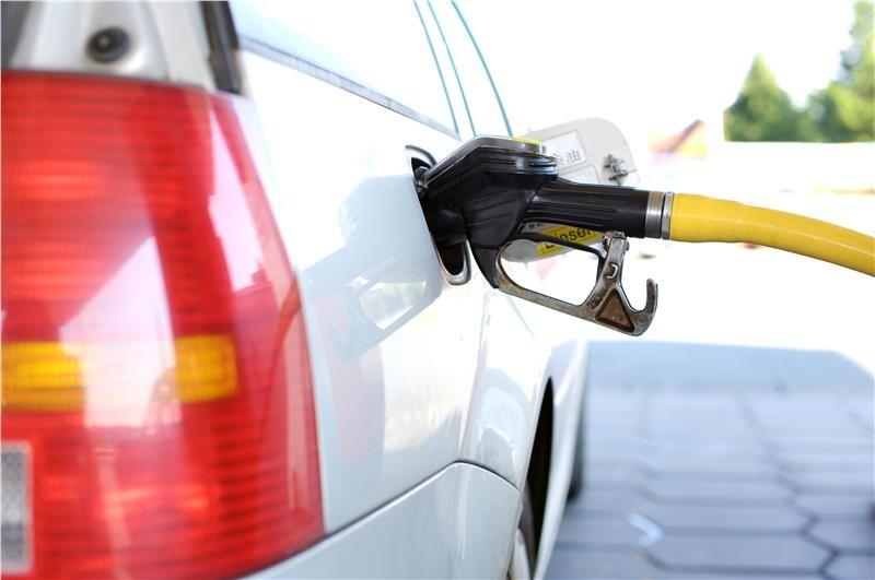 distributori di carburante