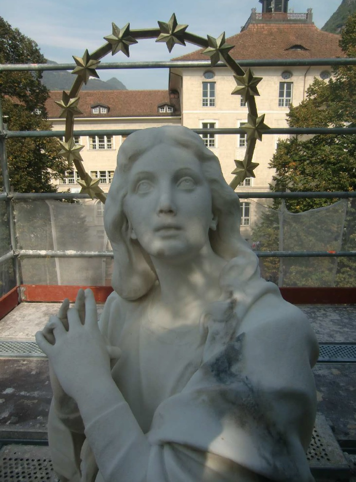 statuamadonna